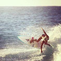 "tatianaweston-ウェッブ: ""私はPCの@mcsnowhammer #guysgettheeasywayout床にボールにカーリングの代わりにサーフィンすることがしたいです」"