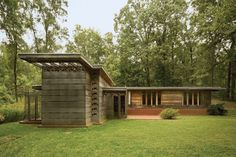 "Frank Lloyd Wright's revolutionary idea of building decentralized, affordable communities in harmony with nature led to the celebrated ""Usonian"" house."