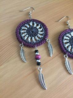 The Dream Catcher Earrings Dream Catcher Crochet Earrings - Catcher Crochet Dream earrings - earrings Crochet Earrings Pattern, Crochet Jewelry Patterns, Crochet Accessories, Crochet Gifts, Diy Crochet, Tutorial Crochet, Doilies Crochet, Dream Catcher Earrings, Crochet Bookmarks