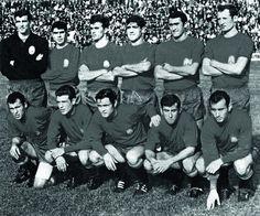1 de octubre de 1967. Selección española. De pie, de izquierda a drerecha: Iríbar, Sanchis, Tonono, Reija, Pirri y Gallego. Agachados, en el mismo orden: Amancio, Grosso, Marcelino, Adelardo y José María.