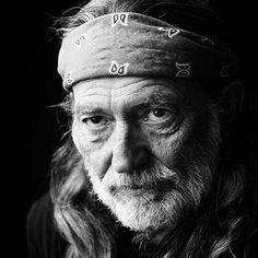 ac18f4bdd25b0 Willie Musica Country, Leonard Cohen, Elvis Presley, Patti Smith, Willie  Nelson,