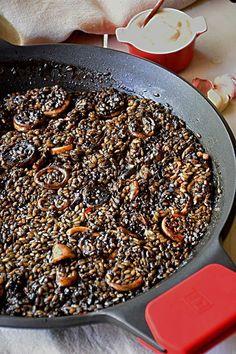 Cuban Dishes, Spanish Dishes, Fish Dishes, Cuban Recipes, Chef Recipes, Cooking Recipes, Paella Recipe, Avocado Recipes, Recipe For 4