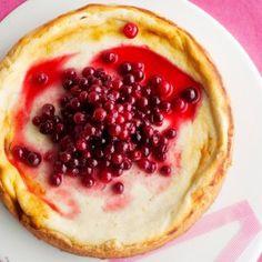 Amerikkalainen juustokakku karpaloiden kera - Kotiliesi.fi - Cheesecake with cranberry