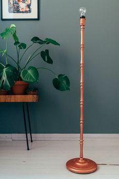 tikkurila_vienak_blog_livingroom_taika_diy Desk Lamp, Table Lamp, Piano Room, Wall Colors, Interior Inspiration, Lighting Design, Sweet Home, New Homes, House Design