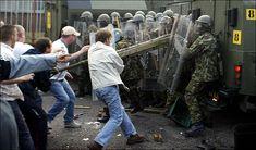 The Troubles in Northern Ireland British Soldier, British Army, Northern Ireland Troubles, Time In Ireland, Irish Republican Army, Bad Memories, Ancient Civilizations, Belfast, Military History
