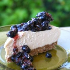 Paleo Cheese Cake | This is an amazing Paleo-friendly dessert site. wow COCONUT FLOUR- low carb and high fiber!!!