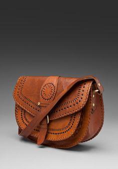 shoulder bag in cognac