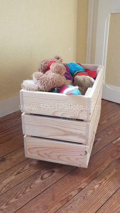DSCF58211 450x800 Des caisses de rangement sur roulettes / Storage boxes on wheels in pallet bedroom ideas  with Wheels storage pallet Box