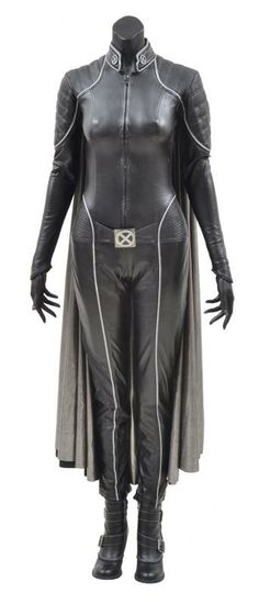 A STORM BATTLE SUIT WORN BY HALLE BERRY IN THE MOVIE 'X-MEN' - Price Estimate: $15000 - $25000