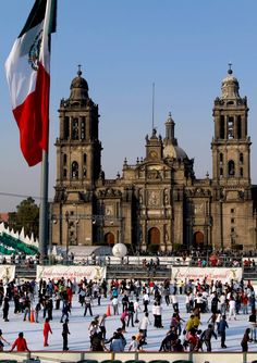 Metropolitana Chatedral, Mexico City | 10 Useful Things you Must know Before Traveling to Mexico, an Exciting and Challenging Destination