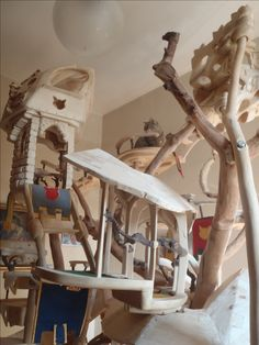 DomusfeliS - special playzones for cats - Unique pieces for unique cats, sculptures for cats, untreated precius wood: plum, apricot, seasoned poplar, birch, bamboo, wild oak and piracanta. #catcastle #cattower #cattree #catcondo #cattoy #petdesign #catforniture #cataccessories #felinelovers