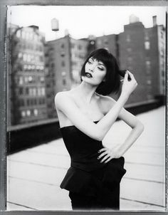 * black and white photo of shalom harlow.