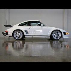 1988 Porsche 911 Slant Nose Turbo! #all_shots #boosted #carsofinstagram #carporn #customrims #cars #instalike #instadaily #instagood #picoftheday #photooftheday #rides #speed #sportscars #tires #wheels #rims #ecwheels #extremecustoms #ecgermany #extremecustomsgermany