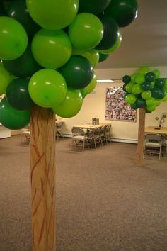 Balloon Trees!! Great idea for VBS check with Ricky to see of he can make the tree base or rind a few LARGE lids to add balloons to