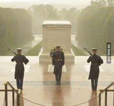 "Standing Guard Standing Guard Soldiers standing guard at the Tomb of the Unknown Soldier during Hurricane Sandy. Soldiers standing guard at the Tomb of the Unknown Soldier during Hurricane Sandy. ""SO AWESOME TO WATCH""! Clash On, My Champion, Honor Guard, National Cemetery, Hurricane Sandy, Weather Hurricane, Home Of The Brave, Kendo, Before Us"