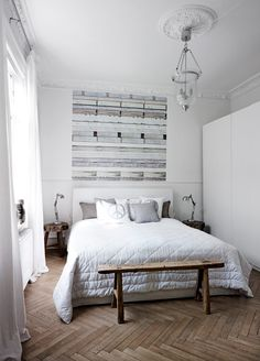 Here we showcase a a collection of perfectly minimal interior design photos for you to use for inspiration.Check out the previous post in the series: Inspiring Examples Of Minimal Interior Design 3 Bedroom Retreat, Bedroom Decor, Bedroom Ideas, Bedroom Inspiration, Bedroom Boys, Bedroom Designs, Wood Bedroom, Master Bedroom, Bedroom Colors