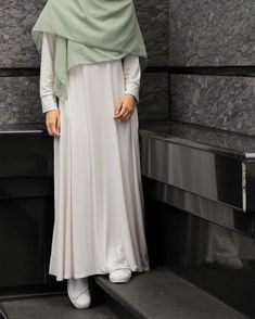 Stylish Hijab, Modest Fashion Hijab, Street Hijab Fashion, Casual Hijab Outfit, Workwear Fashion, Fashion Outfits, Islamic Fashion, Muslim Fashion, Hijab Style