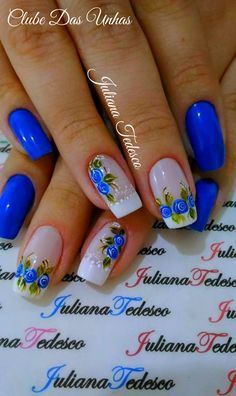 Modelos de unhas azuis decoradas unhas com bolinhas, unhas coloridas, unhas delicadas, unhas Flower Nail Designs, Flower Nail Art, Colorful Nail Designs, Cool Nail Designs, Rose Nail Art, Fancy Nails, Pretty Nails, Spring Nails, Summer Nails