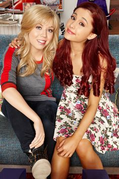 Ariana Grande And Jennette McCurdy