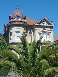 """See the damsel in distress? Mission District home on Fair Oaks Street, although the owner will likely protest and say """"I'm living in Noe Valley, cuz it makes my home worth another $1M!""""."""