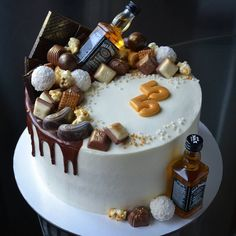 Hennessy Cake, Birthday Cake For Him, Beautiful Birthday Cakes, Cake Designs, Birthdays, Desserts, Foodies, Ideas, Pies