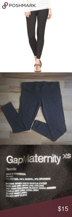 """GAP Soft Maternity Gray Crop Leggings 😍 23.5"""" inseam cropped maternity leggings. So incredibly soft and comfortable! Only worn and washed a couple of times. A perfect staple to your maternity wardrobe! GAP Pants Leggings"""