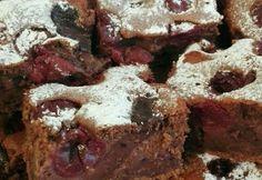 Meggyes-pudingos piskóta Ritától Desserts, Food, Mascarpone, Meal, Deserts, Essen, Hoods, Dessert, Postres