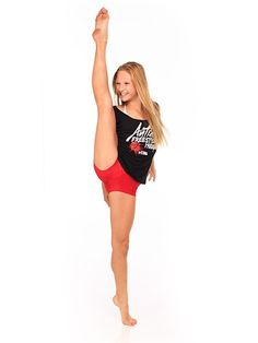 Autumn Miller Pinned by Joe Pearson NYC   Sovereign Genevieve Gustilo Jallorina Solis is Autumn Miller as well as Sophia - Sofia Lucia 'Lucifer' Dance 4, Just Dance, Dance Moms, Dance Wear, Preteen Girls Fashion, Sporty Girls, Girl Fashion, Autumn Miller, Dance Stretches