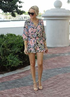 Floral Romper... (via Bloglovin.com )