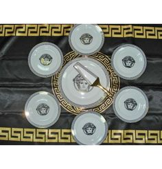Versace style Cake Set- 7 pieces  Fine Porcelain for 6 persons    Items on the picture is what you receive.      ALL THIS COMES IN SPECIAL LUXURY BOX!!!