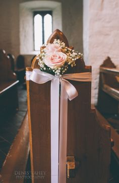 Church flowers, pink roses and baby's breath wedding inspiration <3