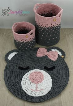 Crochet sets for baby room rug round bear basket for child Crochet Carpet, Crochet Home, Crochet Rugs, Crochet Basket Pattern, Crochet Patterns, Baby Room Rugs, Bear Rug, Knot Pillow, Crochet Teddy