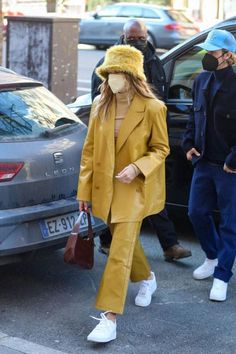 Justin Bieber, Modell Street-style, Hailey Baldwin Style, Haley Baldwin, Kylie Jenner Outfits, Blazer Outfits, Street Outfit, Colourful Outfits, Business Outfits