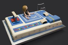 Gymnastics Birthday Cake - sheet cake for a gymnast. Covered in Fondarific, everything made from fondant except the uneven bars. Vault landing pad is a rice krispy treat. Gymnastics Birthday Cakes, Cake Birthday, Birthday Parties, Gym Cake, Decoration Patisserie, Sport Cakes, Cupcakes, Novelty Cakes, Fitness Shirts