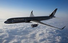 Enjoy an around the world trip and go in VIP style in a flying, luxury hotel jet by Four Seasons. See the world in a custom Boeing 757 jet plane. Jets Privés De Luxe, Luxury Jets, Luxury Private Jets, Hotel Four Seasons, Bora Bora, Bali, Agra, Tom Cruise, Le Taj Mahal