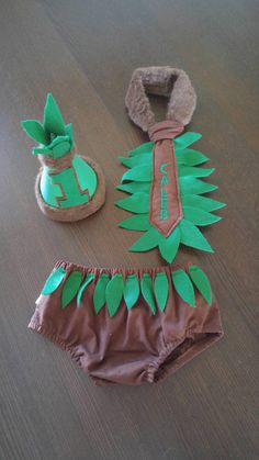 Check out this item in my Etsy shop https://www.etsy.com/listing/247820067/1st-birthday-cake-smash-outfit-jungle