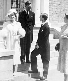 Casual: The images were captured by saxophonist Leslie Willoughby with the permission of the Royal Family: King George VI and Queen Elizabeth Princess Louise, Princess Elizabeth, Princess Margaret, Royal Princess, King And Queen Pictures, Elizabeth King, Prince Charles And Diana, English Royal Family, Royal King