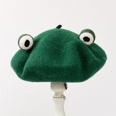 Original autumn winter pattern manual wool blanketry funny frog beret break up gift send one top green hat Original Autumn Winter Pattern Manual Wool Blanketry Funny Frog Beret Break Up Gift Send One Top Green Hat Top Verde, Tsuyu Cosplay, Look Fashion, Fashion Outfits, Quirky Fashion, Funny Frogs, Wool Berets, Green Hats, Frog And Toad