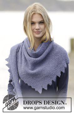 """Purple Dragon Shawl - Scialle DROPS lavorato ai ferri con punte in """"Brushed Alpaca Silk"""". - Free pattern by DROPS Design"""
