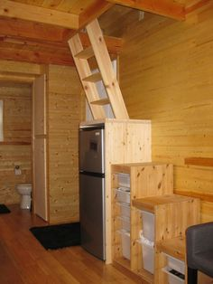 Stairs and ladder mix = less floor space