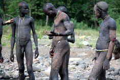 """Résultat de recherche d'images pour """"mursi tribe boys"""""""