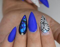 Falling into the deep blues! @vetro_usa  gels  Hand painted nail art  #nails #nailsinorlando #nailsinkissimmee #nailpro #nailart #nailjunkies #nailartaddict #nailporn #nailprodigy #exoticnails #nailjunkies #nailartaddict #glitternails #cutenails #greatnails #nailsofinstagram #handpaintednailart #gelnails #vetrousa #valentinobeautypure #nailsmagazine #orlandonailtech #nailmob #nailpromagazine #orlandonails #nailswag #nailcouture #orlandonailtech #nailmob #orlandonails
