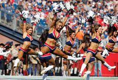 patriots cheer - Google Search New England Patriots Cheerleaders, Patriots Fans, Boston Sports, Cheerleading, Sumo, Wrestling, Google Search, Lucha Libre, Cheer