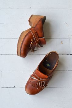 wonderful swedish wooden clogs vintage 70s leather clogs