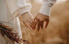 Couple Photoshoot Poses, Wedding Couple Poses, Wedding Photoshoot, Wedding Shoot, Wedding Couples, Couple Posing, Wedding Ideas, Muslim Couple Photography, Wedding Photography Poses