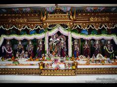 http://harekrishnawallpapers.com/sri-sri-radha-govinda-with-ashtasakhi-iskcon-tirupati-wallpaper-008/