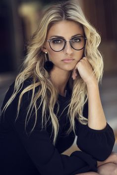 22 adorable fashion eyeglasses for women 2019 - Beautiful Lady Luck - Home Baran Cute Glasses, New Glasses, Girls With Glasses, Glasses Online, Blonde With Glasses, Cat Eye Glasses, Eyeglasses For Women, Sunglasses Women, Luxury Sunglasses
