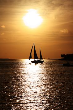 Key west sunset by Mattia Pellegrini Oh The Places You'll Go, Great Places, Places To Travel, Beautiful Sunset, Beautiful Places, Key West Sunset, Luxury Camping, Luxury Travel, Beyond The Sea