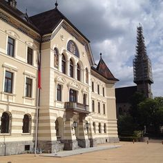 my trip to austria essay 2017-3-20 austria is a country rich with history, beautiful places, traditions and activities that are distinct to the area along with neighboring switzerland, it is the winter sports capital of europe.