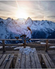 - You are in the right place about Skiing Pictures beautiful places Here we offer you the most beautiful pictures about the Skiing Pictur Snow Pictures, Pretty Pictures, Winter Photography, Travel Photography, Pinterest Photography, Mode Au Ski, Ski Holidays, Foto Pose, Winter Pictures